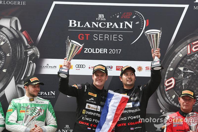 1. Pro-Am: #39 Kessel Racing TP12, Ferrari 488 GT3: Piti Bhirombhakdi, Carlo Van Dam
