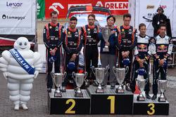 Podium: winners Thierry Neuville, Nicolas Gilsoul, Hyundai Motorsport, second place Hayden Paddon, Sebastian Marshall, Hyundai Motorsport, third place Sébastien Ogier, Julien Ingrassia, M-Sport