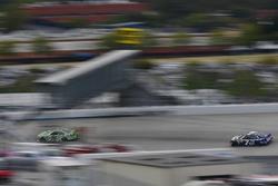 Daniel Suárez, Joe Gibbs Racing Toyota, Justin Allgaier, JR Motorsports Chevrolet