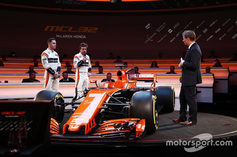Mas 2017 era visto como o possível ponto de virada. O novo regulamento técnico aumentaria a importância da aerodinâmica, e a McLaren esperava dar um grande salto de qualidade com seu novo carro.