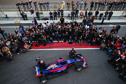 Daniil Kvyat und Carlos Sainz Jr. mit dem Toro Rosso STR12