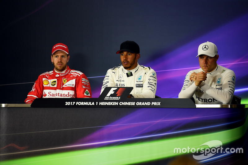 Sebastian Vettel, Ferrari, Lewis Hamilton, Mercedes AMG F1 and Valtteri Bottas, Mercedes AMG F1 in the Press Conference