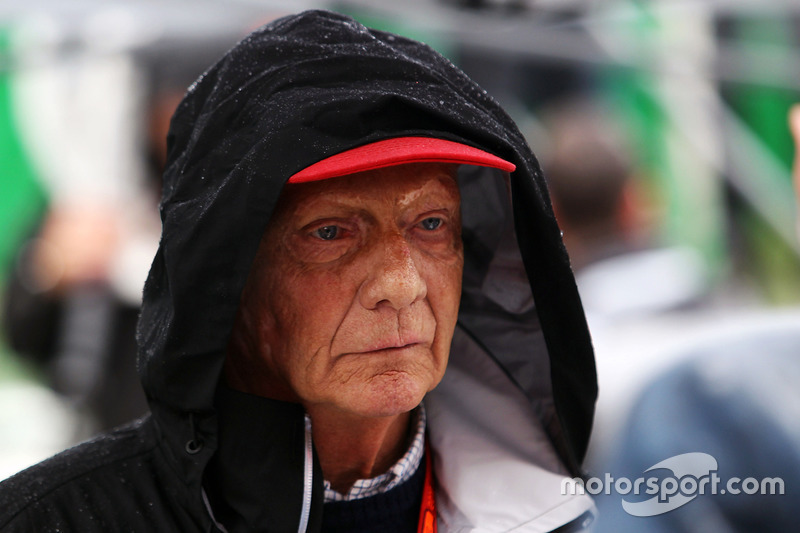 Niki Lauda fue crítico con Charlie Whiting