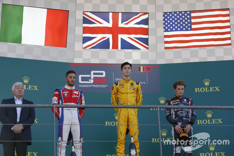 Podium: winner Jack Aitken, Arden International, second place Antonio Fuoco, Trident, third place Sa