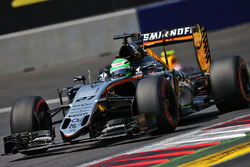 Hulkenberg fortsatter i force india