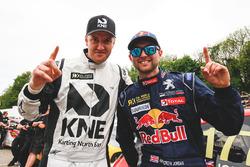Гай Вілкс, JRM Racing та Ендрю Джордан, Team Peugeot Hansen