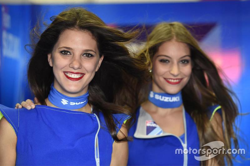Suzuki grid girls