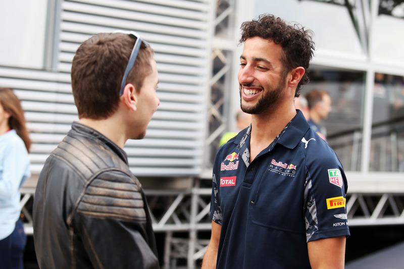 Jorge Lorenzo, Piloto de Moto GP con Daniel Ricciardo, Red Bull Racing