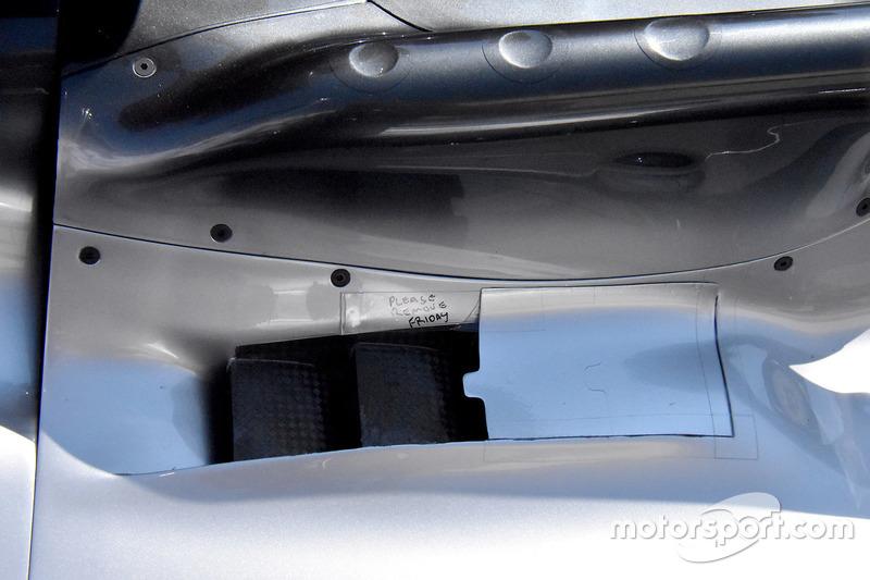 Вентиляционое отверстие Mercedes F1 W09