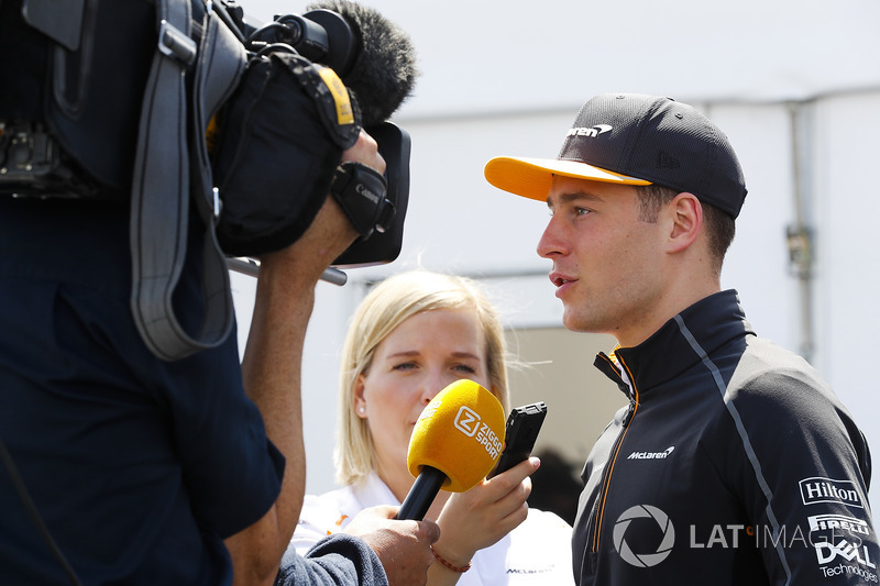 Stoffel Vandoorne, McLaren, speaks to the media
