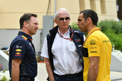 Christian Horner, director del equipo Red Bull Racing, Dr. Helmut Marko, consultor de Red Bull Motorsport y Cyril Abiteboul, director general de Renault Sport F1