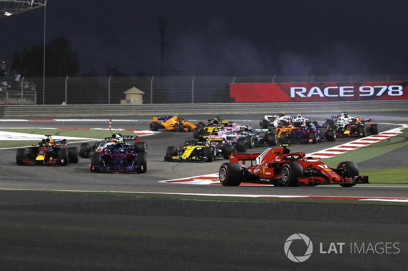 Kimi Raikkonen, Ferrari SF71H en la arrancada