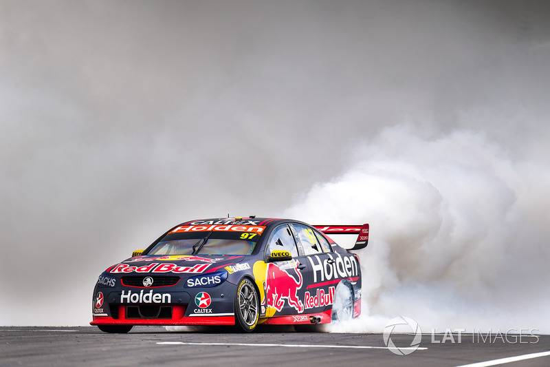 2. Race winner Shane van Gisbergen, Triple Eight Race Engineering Holden