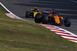Фернандо Алонсо, McLaren MCL33 Renault, Карлос Сайнс-молr., Renault Sport F1 Team R.S. 18