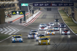 انطلاقة السباق الأوّل في البحرين