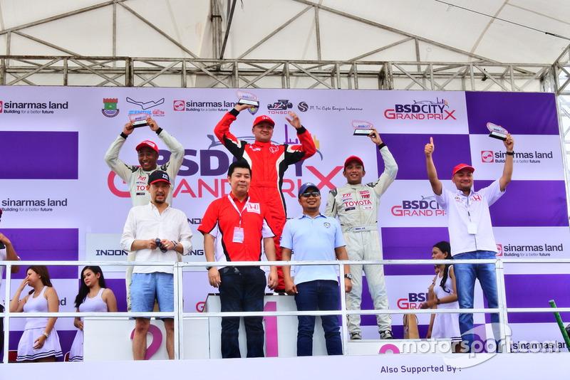 Podium: 1. Alvin Bahar, Honda Racing Indonesia, 2. Haridarma Manoppo, Toyota Team Indonesia, 3. Demas Agil, Toyota Team Indonesia