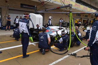 Williams Racing pit stop practice