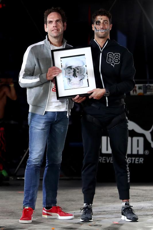 Daniel Ricciardo, Red Bull Racing lors d'un événement Puma à l'Ofrendomo de Mexico pour une soirée sur le thème du Jour de la Mort