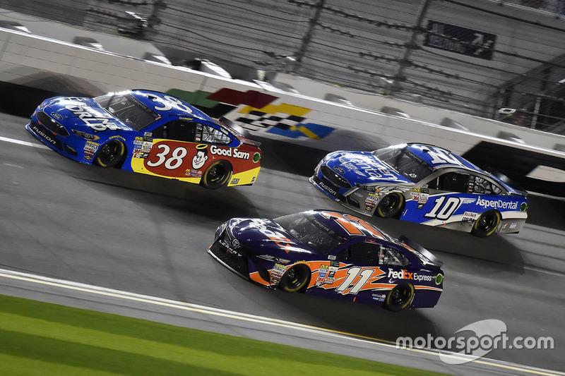 David Ragan, Front Row Motorsports, Ford; Denny Hamlin, Joe Gibbs Racing, Toyota; Danica Patrick, Stewart-Haas Racing, Ford