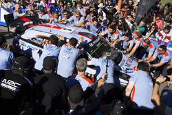 Winners Thierry Neuville, Nicolas Gilsoul, Hyundai i20 WRC, Hyundai Motorsport