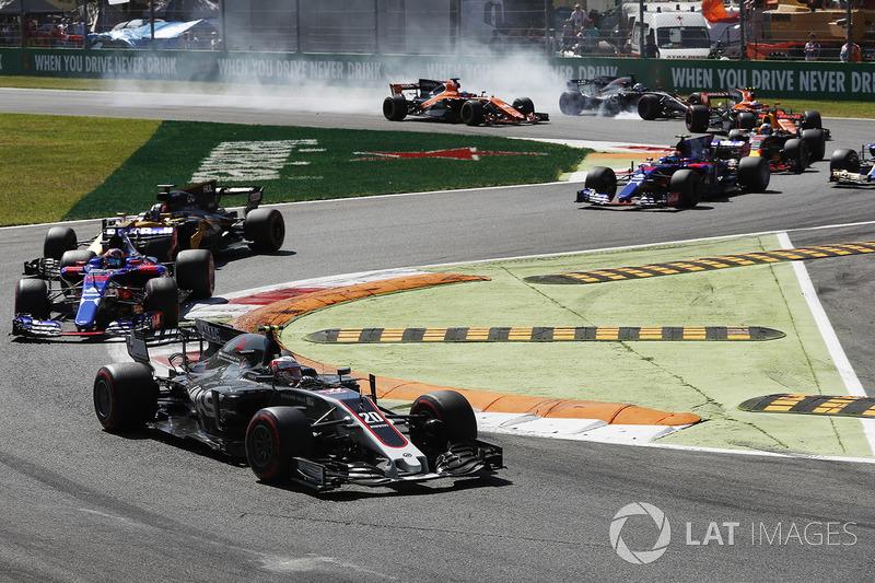 Кевін Магнуссен, Haas F1 Team VF-17, Данііл Квят, Scuderia Toro Rosso STR12, Ромен Грожан, Haas F1 Team VF-17