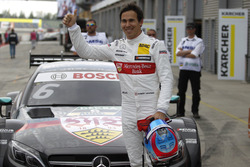 Le poleman Robert Wickens, Mercedes-AMG Team HWA, Mercedes-AMG C63 DTM
