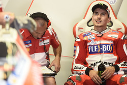MotoGP 2017 Motogp-italian-gp-2017-jorge-lorenzo-ducati-team