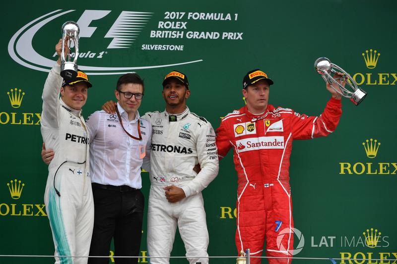 10º Podio del GP de Gran Bretaña 2017 - 2º Valtteri Bottas, Mercedes; 1º Lewis Hamilton, Mercedes AMG F1, 3º Kimi Raikkonen, Ferrari