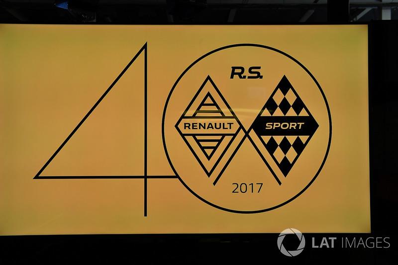 Лого 40-річчя Renault
