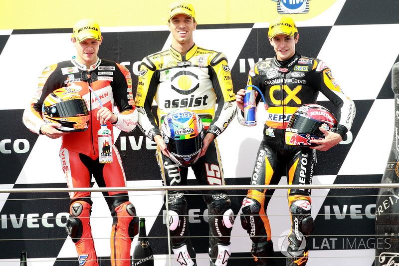 Podium : 1er Alex De Angelis, 2e Stefan Bradl, 3e Marc Márquez