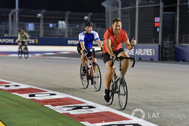Велосипеди на трасі