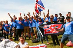 Alex Lowes, Pata Yamaha fans