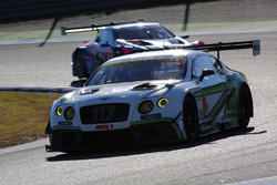 #117 EIcars BENTLEY GT3