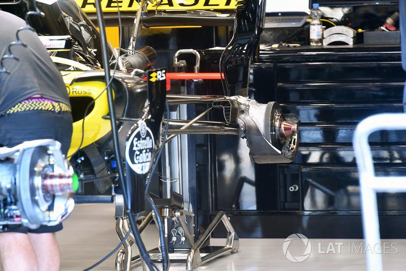 Detalle del freno trasero del Renault Sport F1 Team R.S. 18