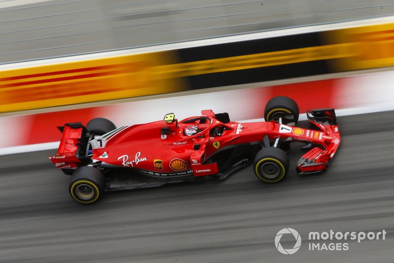 4: Кімі Райкконен, Ferrari SF71H, 1'32.237