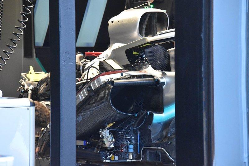 Компоновка силовой установки Mercedes F1 W10