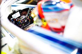 Vue détaillée du volant de Robert Kubica, Williams Martini Racing
