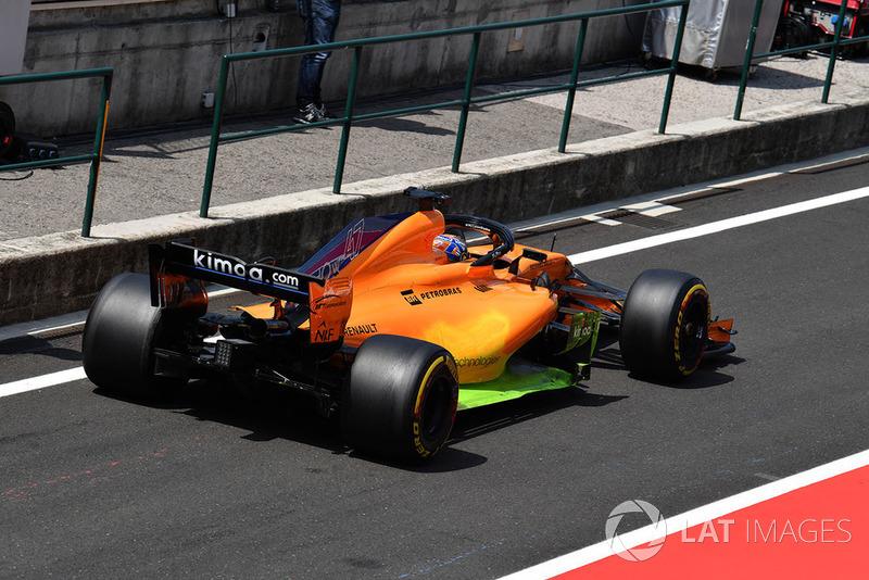 Lando Norris, McLaren MCL33, con parafina