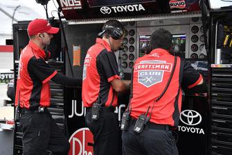 Ryan Preece, Joe Gibbs Racing, Toyota Camry Craftsman crew