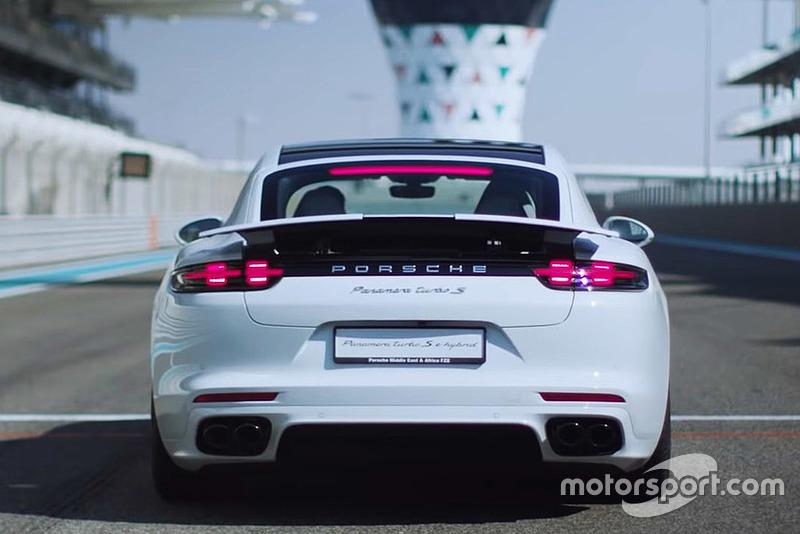 Porsche-Panamera-Turbo-S-E-Hybrid