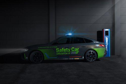 Peluncuran Safety Car MotoE BMW i4 M50