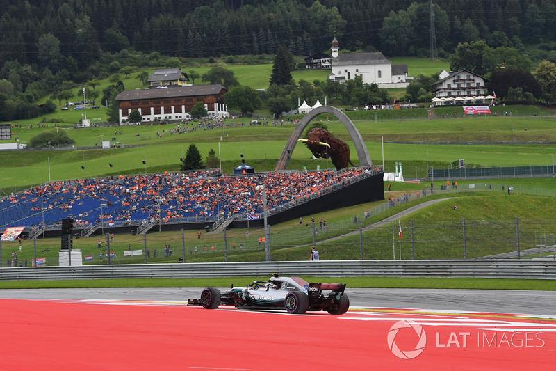 Valtteri Bottas, Mercedes-AMG F1 W09 se va de largo
