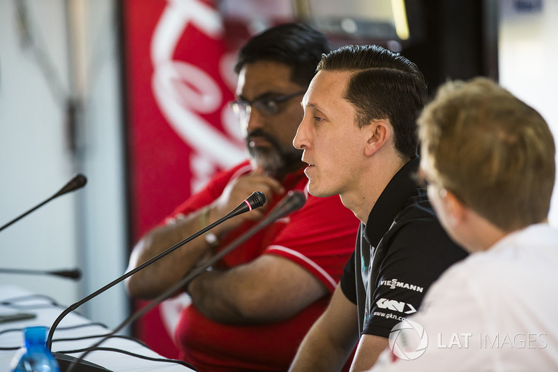 Dilbagh Gill, CEO, Team Principal, Mahindra Racing, James Barclay, Team Director, Jaguar Racing, Sylvain Filippi, Chief Technology Officer, DS Virgin Racing, in the press conference