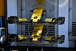 Nez et ailerons avant de la Renault Sport F1 Team R.S. 18