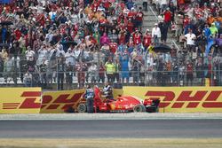 Себастьян Феттель, Ferrari SF71H, розбиває машину