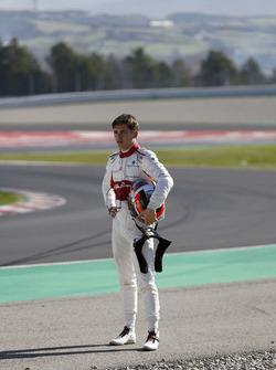Charles Leclerc, Alfa Romeo Sauber F1 Team walks in after crashing