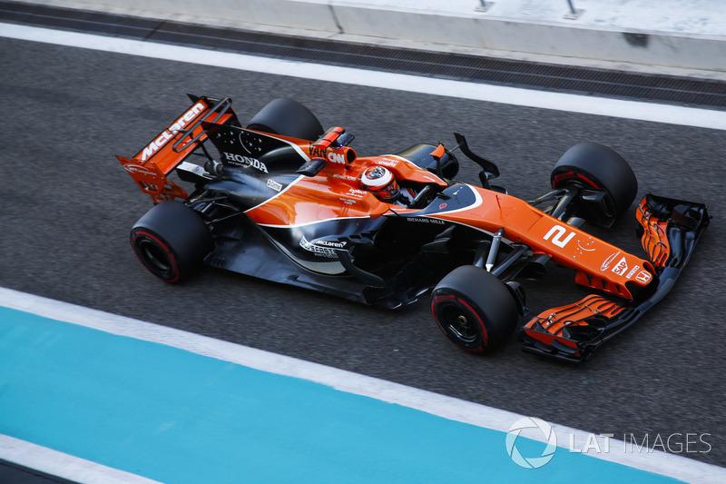 2017: McLaren MCL32
