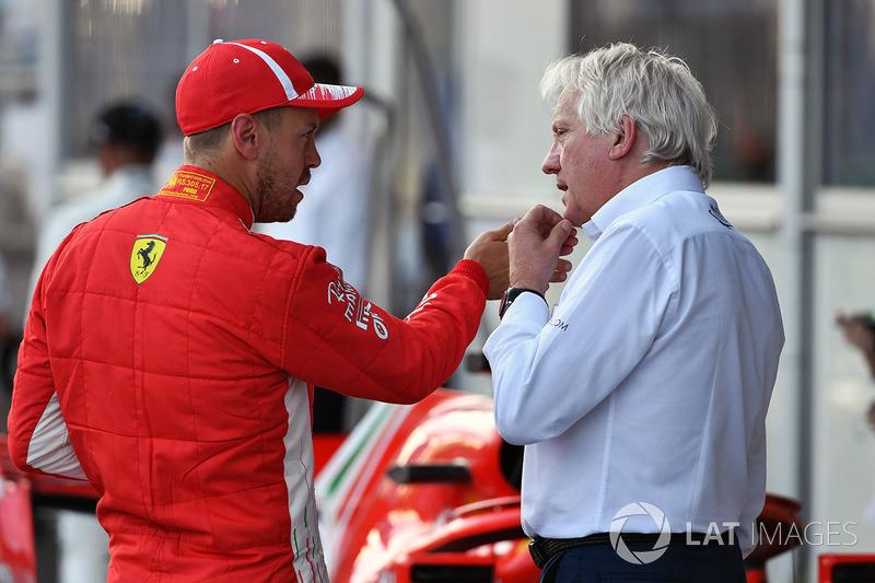 Sebastian Vettel, Ferrari ve Charlie Whiting, FIA Delegesi