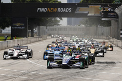 Start zu Rennen 2 beim Chevrolet Dual in Detroit 2018: Alexander Rossi, Andretti Autosport Honda