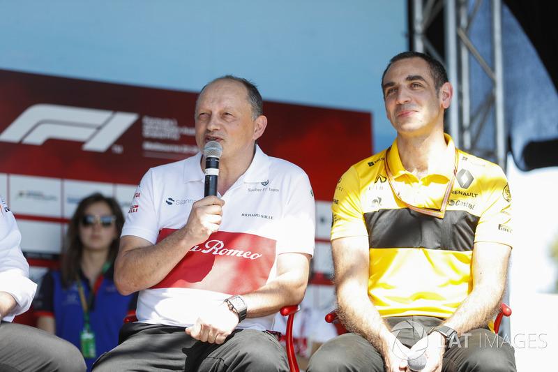 Frederic Vasseur, Team Principal, Sauber, and Cyril Abiteboul, Managing Director, Renault Sport F1 Team, on stage